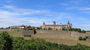 Festung_Marienberg_-_Würzburg_-Avda_2013